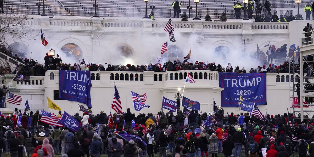 Prosecutors: Virginia man arrested for knocking police officer unconscious during US Capitol riot