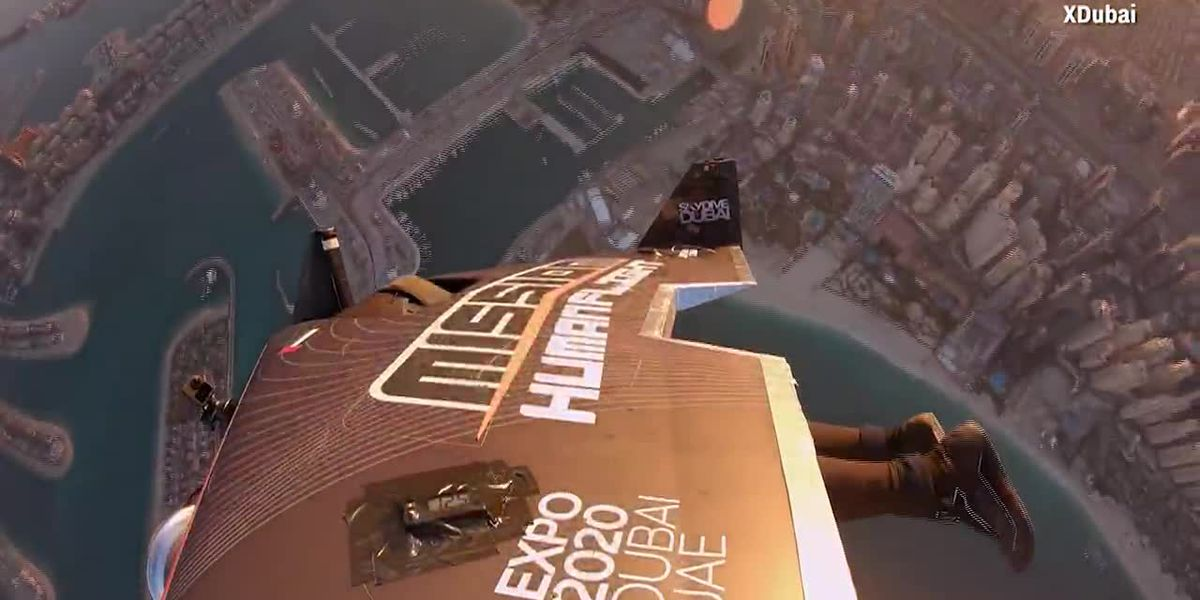 WATCH: Man wearing jet-powered wingsuit soars high above the Earth