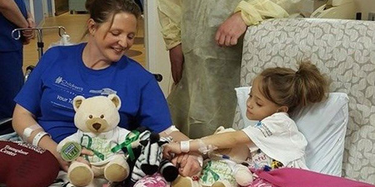 Teacher donates kidney to young student