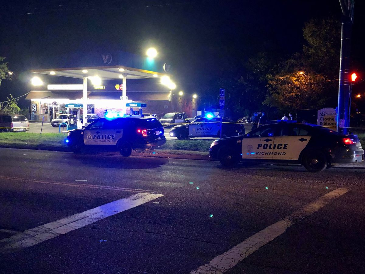 Woman shot, man stabbed near Richmond gas station