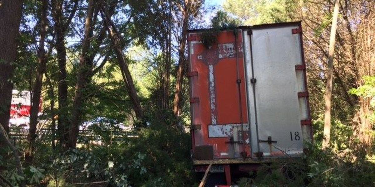 Tractor-trailer crash closes lanes on I-64 West in Goochland