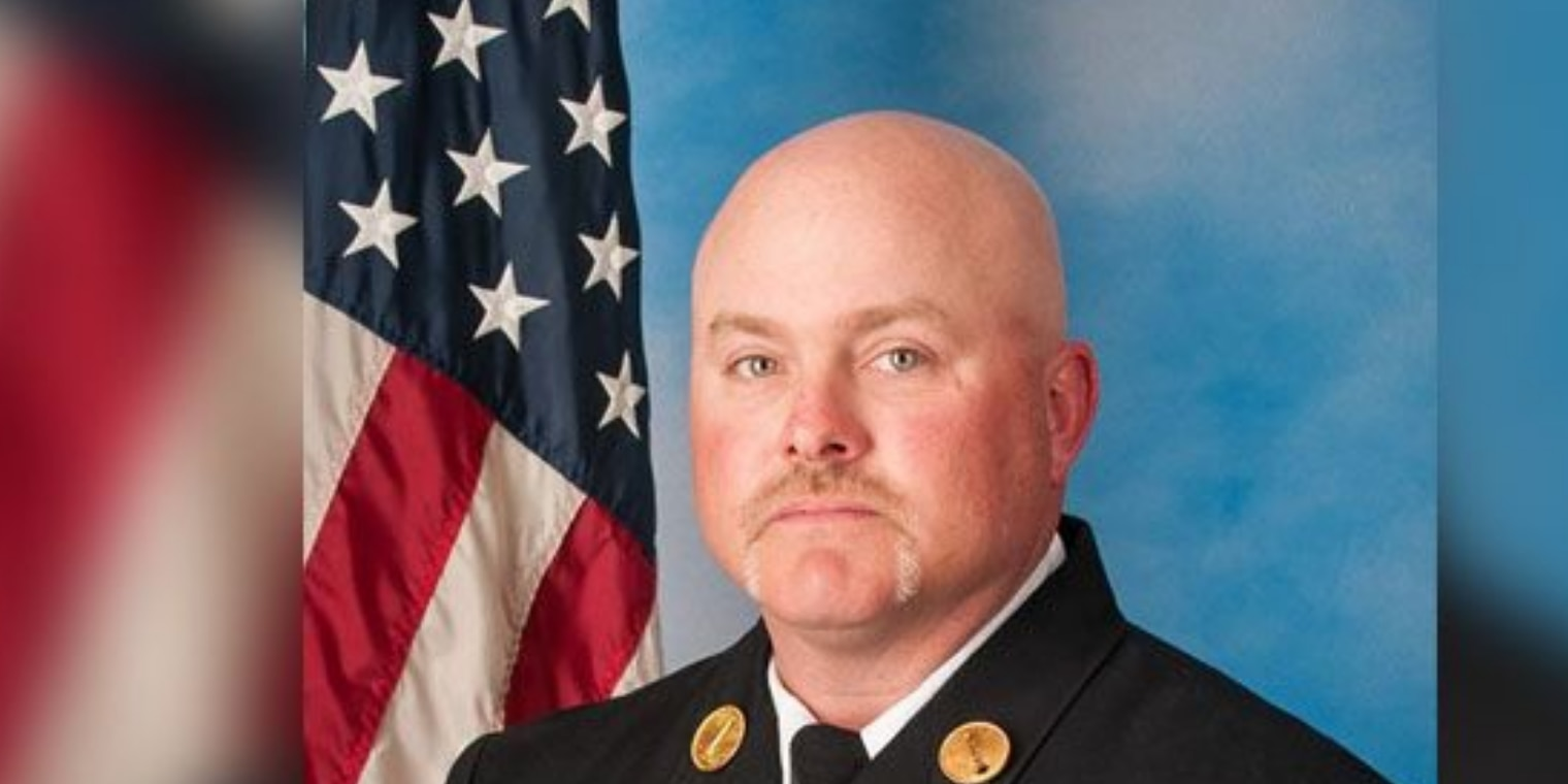 Lt. Brad Clark receives 2019 Ray Downey Courage and Valor Award