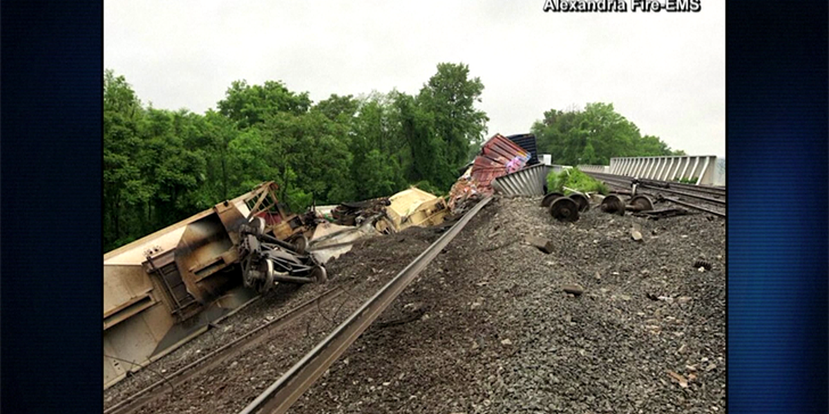 Freight train derails in Alexandria; no injuries reported
