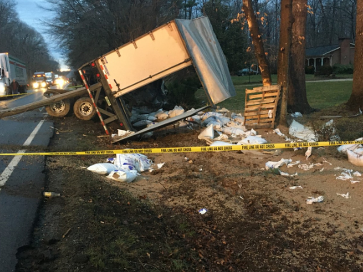 Police: Tractor-trailer driver charged with reckless driving after crash