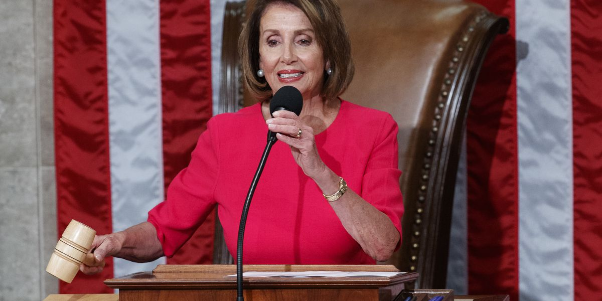 Amid shutdown, Pelosi suggests delay of Trump's State of the Union address