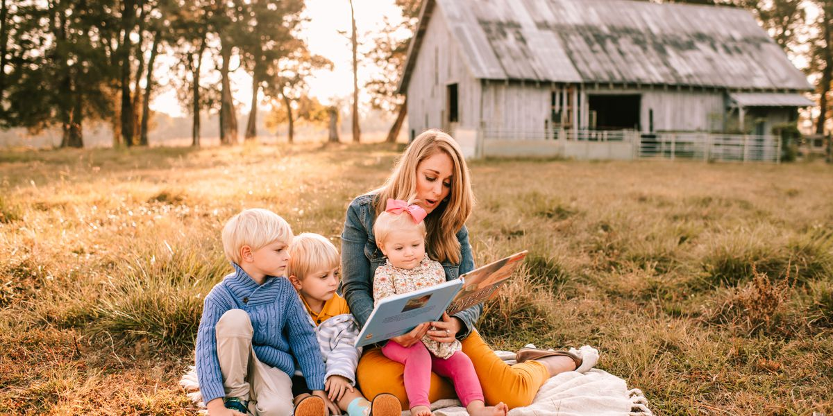 Tips from a pro: How to get family photos you'll love