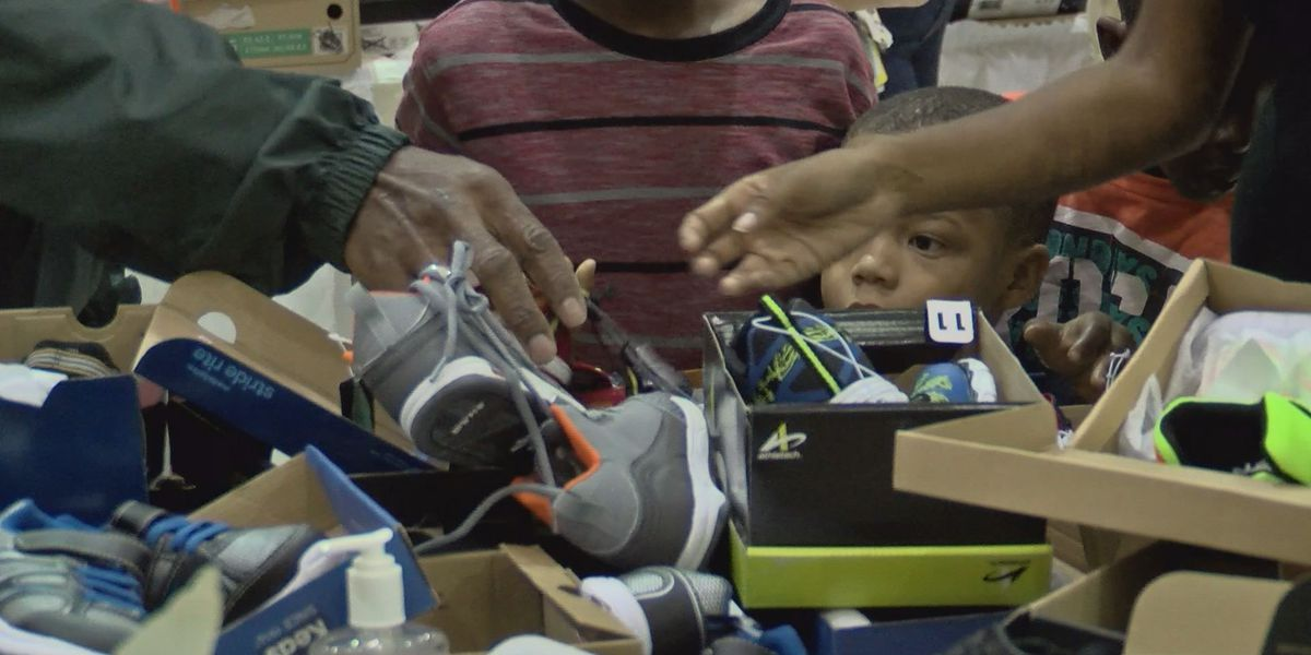 'Back to School Ministry' hands out nearly 5,000 pairs of shoes to students