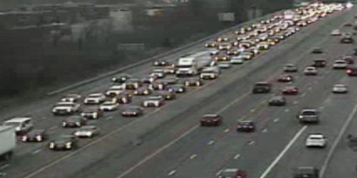 TRAFFIC ALERT: Crash closes lane of I-95 near Bells Road