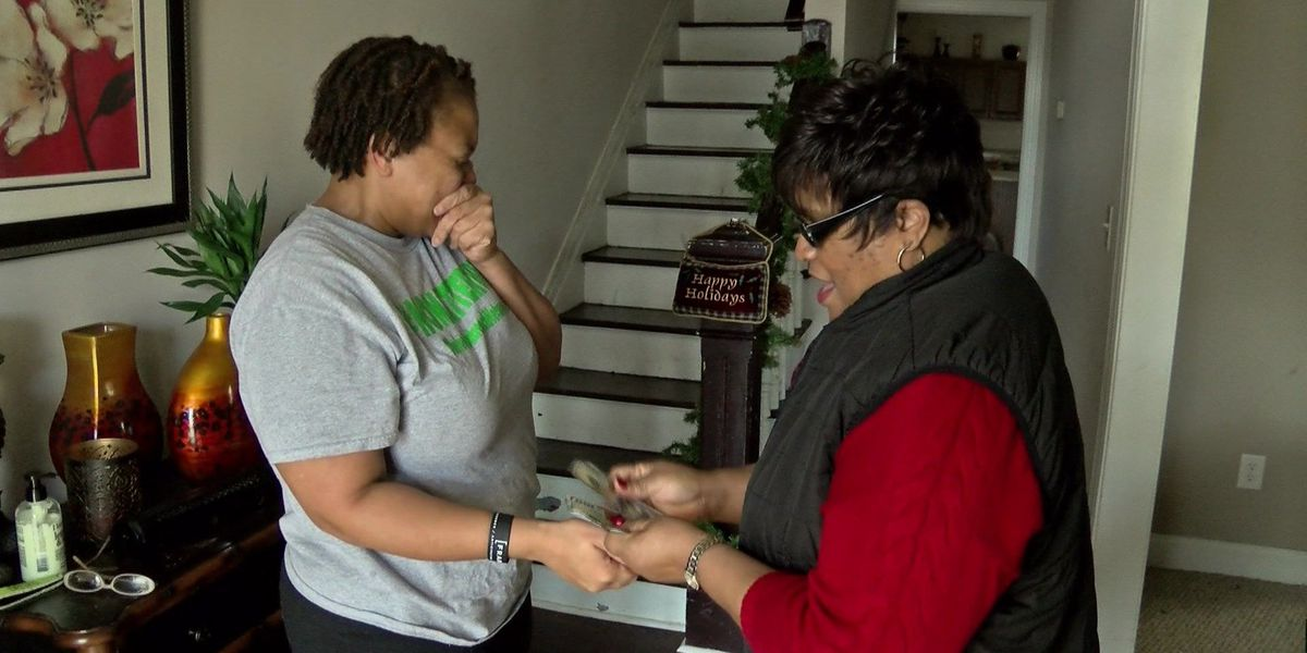 Acts of Kindness: Woman who gives back honored by friend