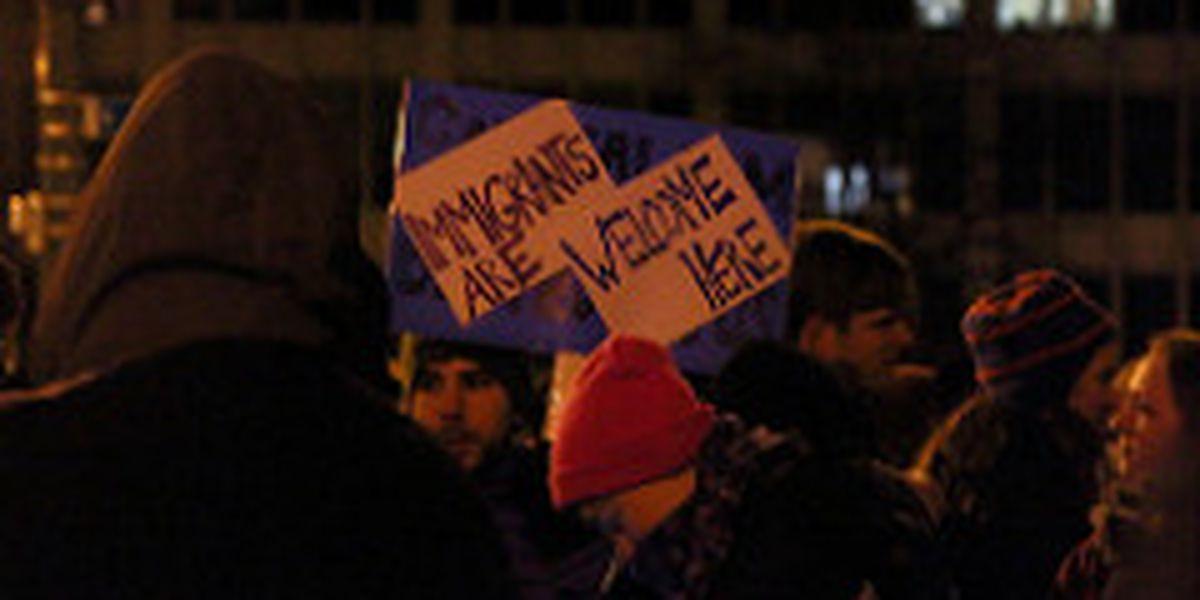 Immigrant advocates bash bill blocking 'Sanctuary Cities'