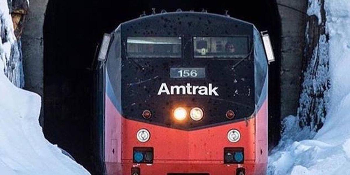 Amtrak holiday photo contest runs through Christmas