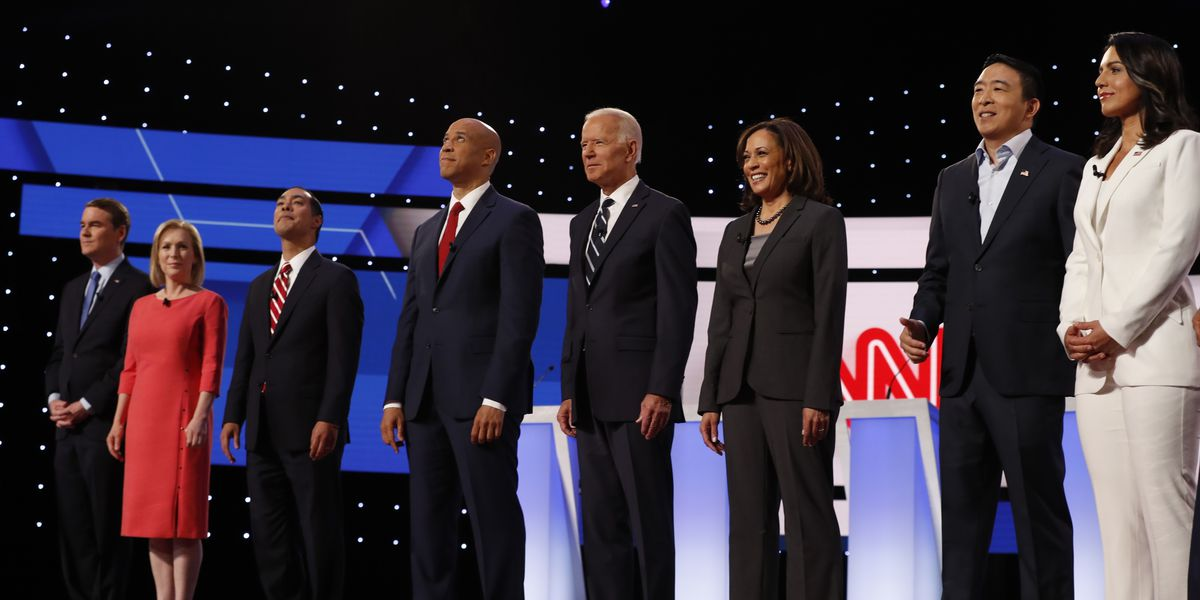 AP FACT CHECK: Dems gloss over econ, migrant complexities