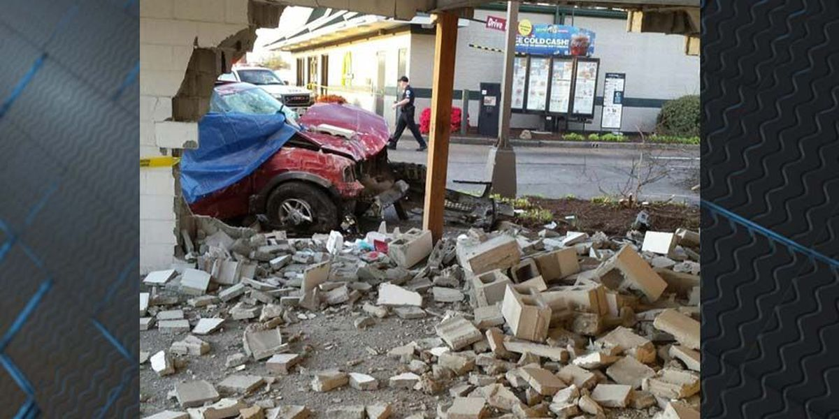 Police ID driver killed in Chamberlayne Avenue crash into