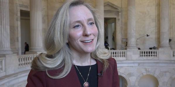 Spanberger aims to prevent future government shutdowns with Stop STUPIDITY Act