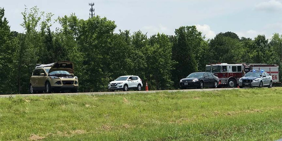 Driver killed, 2 girls seriously injured after their vehicle was rear-ended on I-295