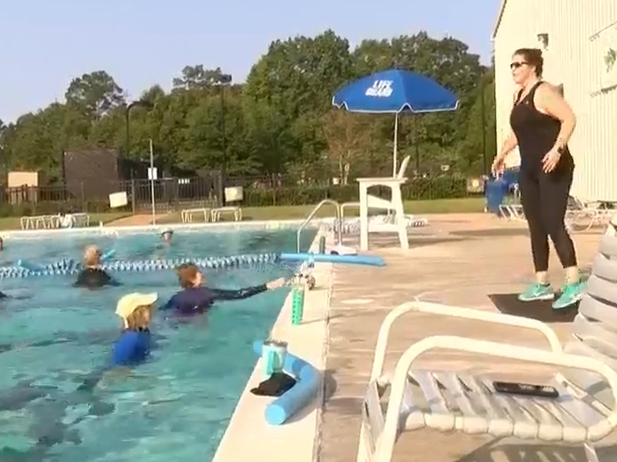 Senior citizen thanks aquatics instructor for getting her through pandemic