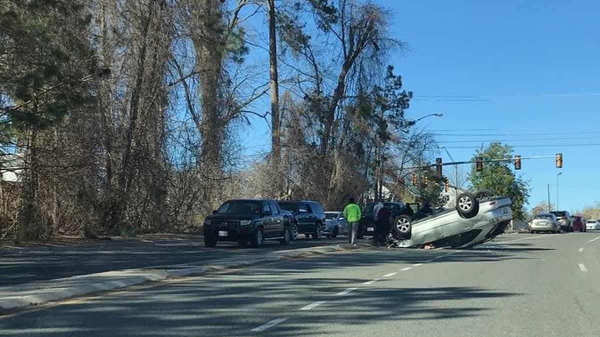 Vehicle overturns in crash on Richmond's south side