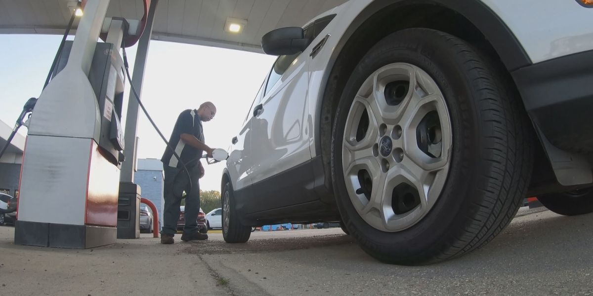 Analysts: Gas prices could fall below $2-per-gallon this summer