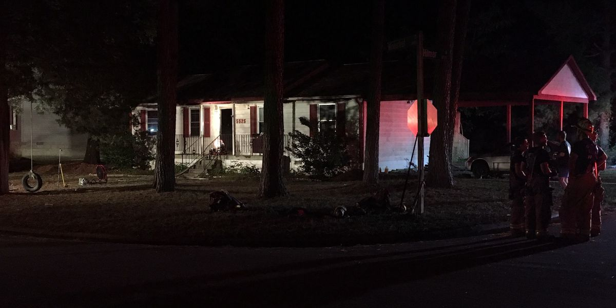 Family displaced, cat dies in Chesterfield house fire