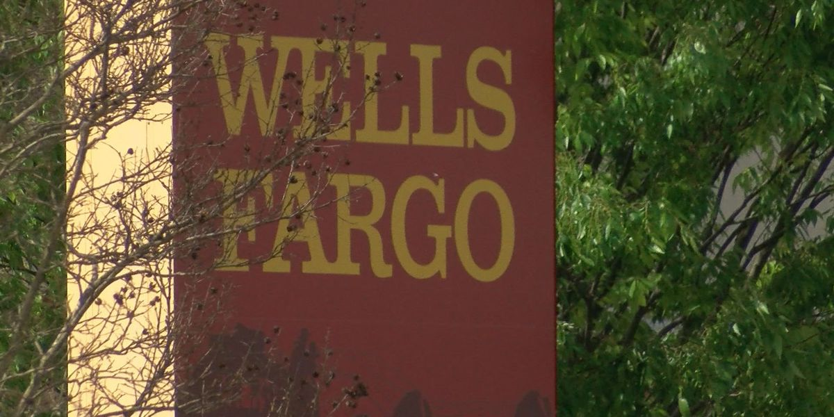 Wells Fargo debit card customers frustrated over fraudulent Amazon charges