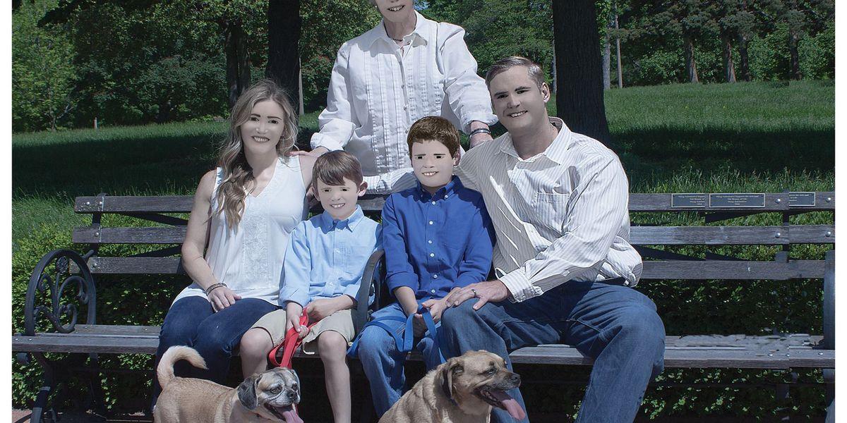 Woman shares 'professional' family photos on social media