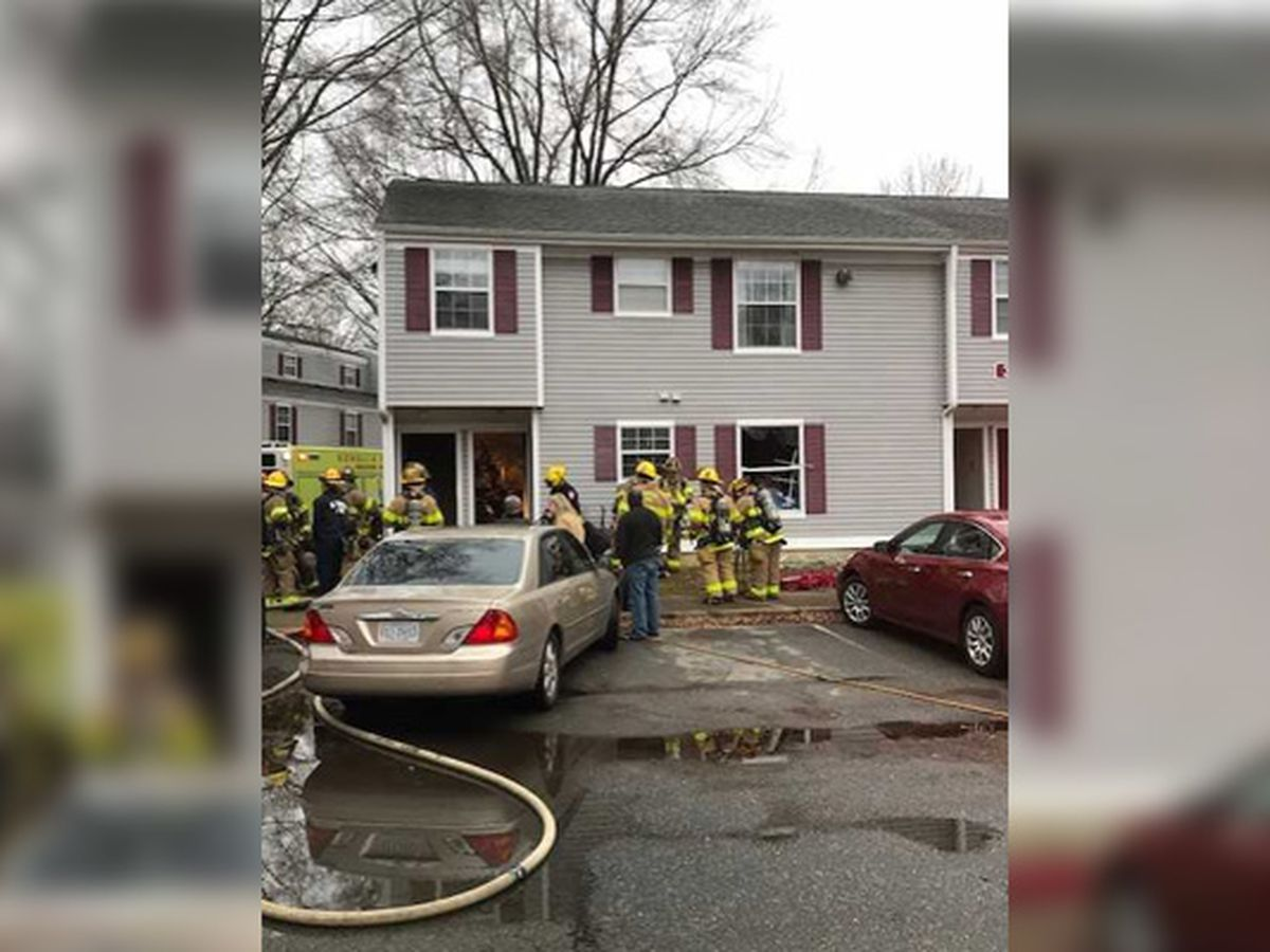 Candle ignites fire in Henrico apartment, displaces resident