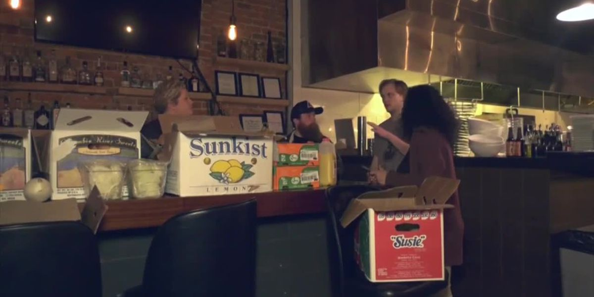 Citizen Burger closes, gives food staples to employees