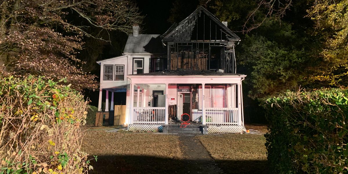 Large apartment fire leaves four people without home