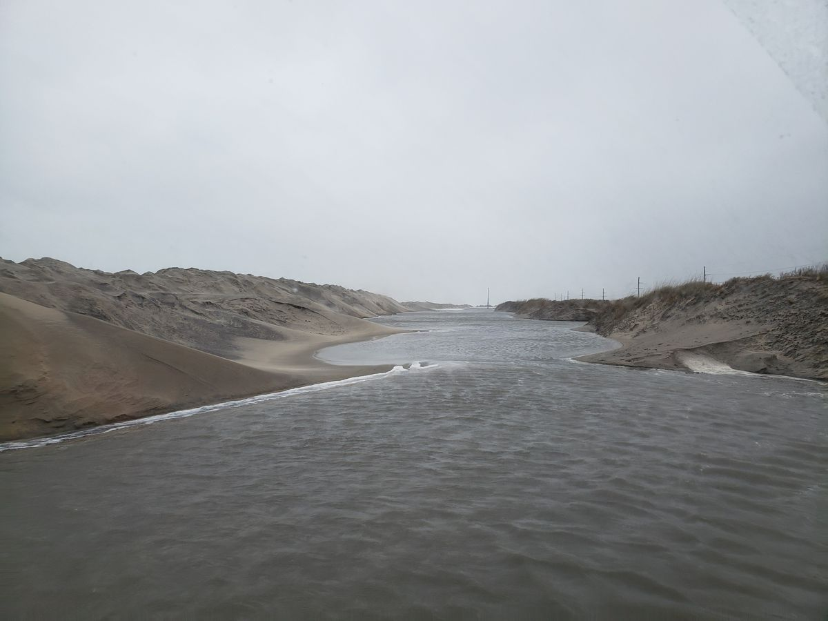 Coastal flooding along N.C. Outer Banks closes roads
