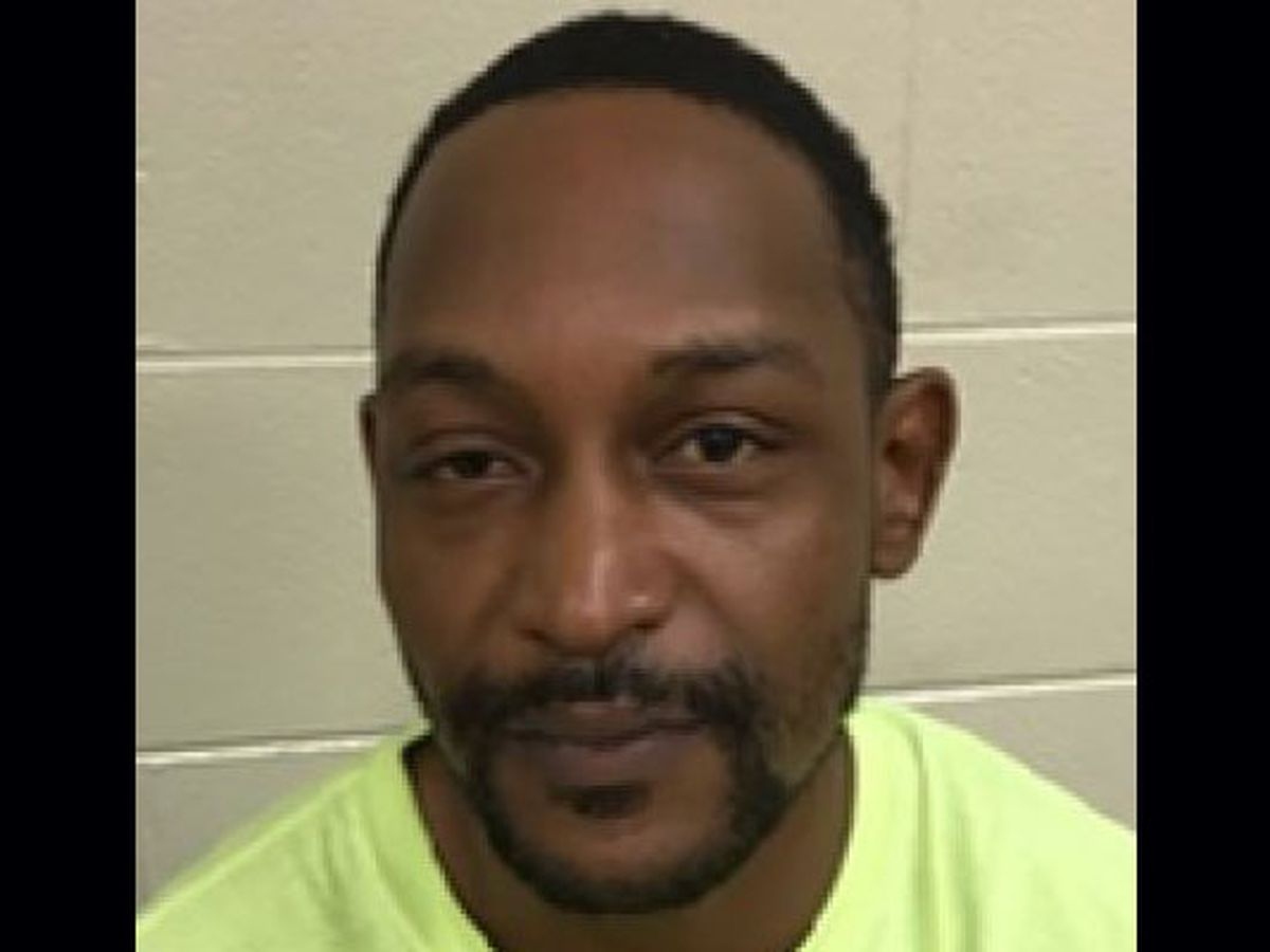 Man charged with brandishing firearm outside Chesterfield courthouse