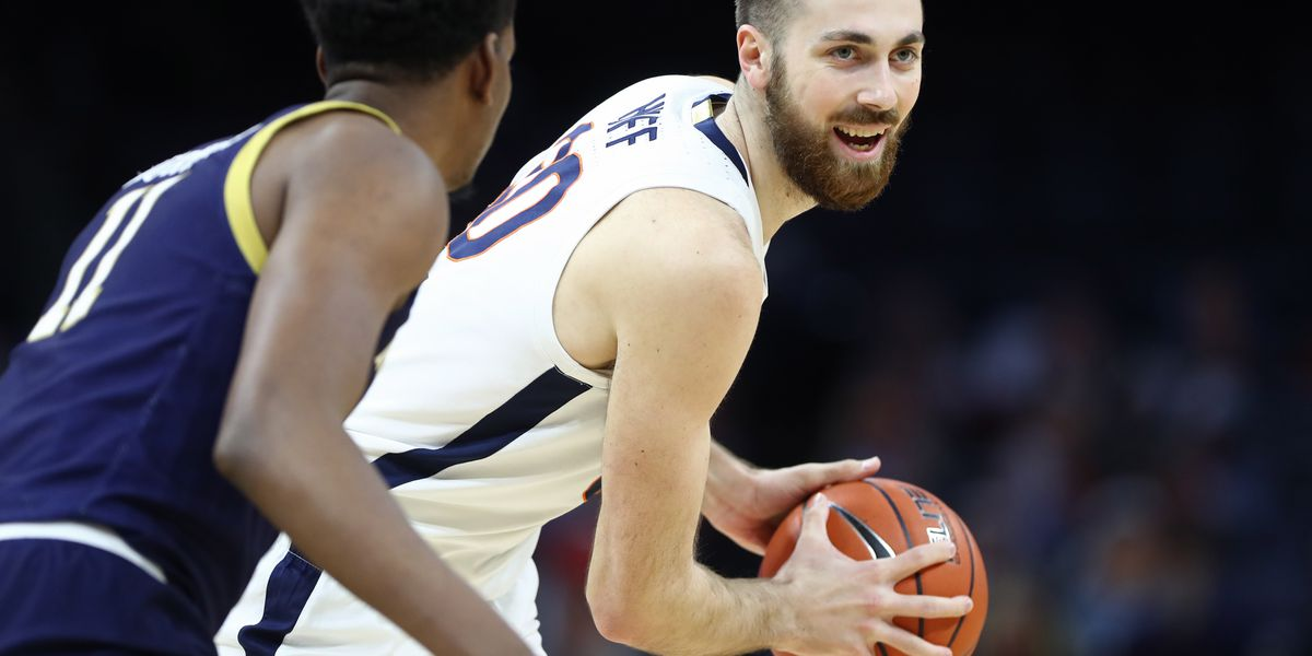 No. 18 Virginia beats Notre Dame 80-68; Improves to 4-0 in ACC