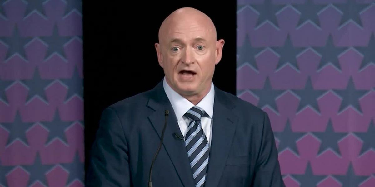 Mark Kelly sworn in as Democratic senator of Arizona
