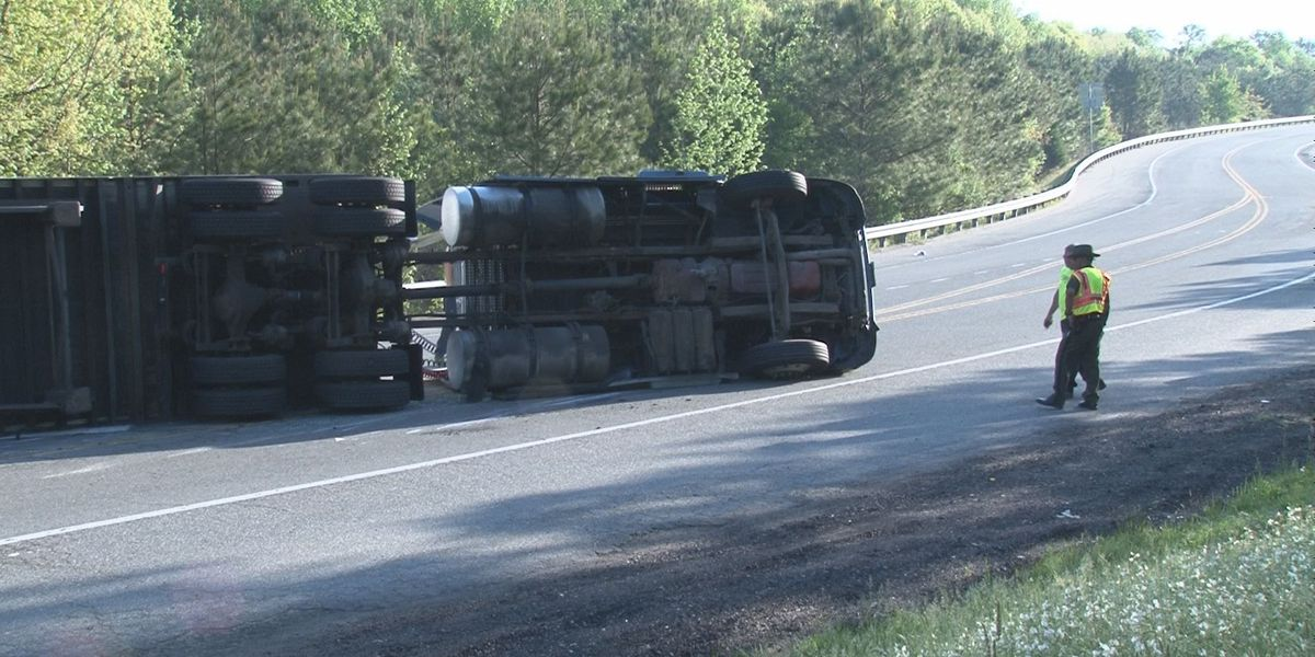 Ruffin Mill Road reopens in Chesterfield after tractor trailer crash