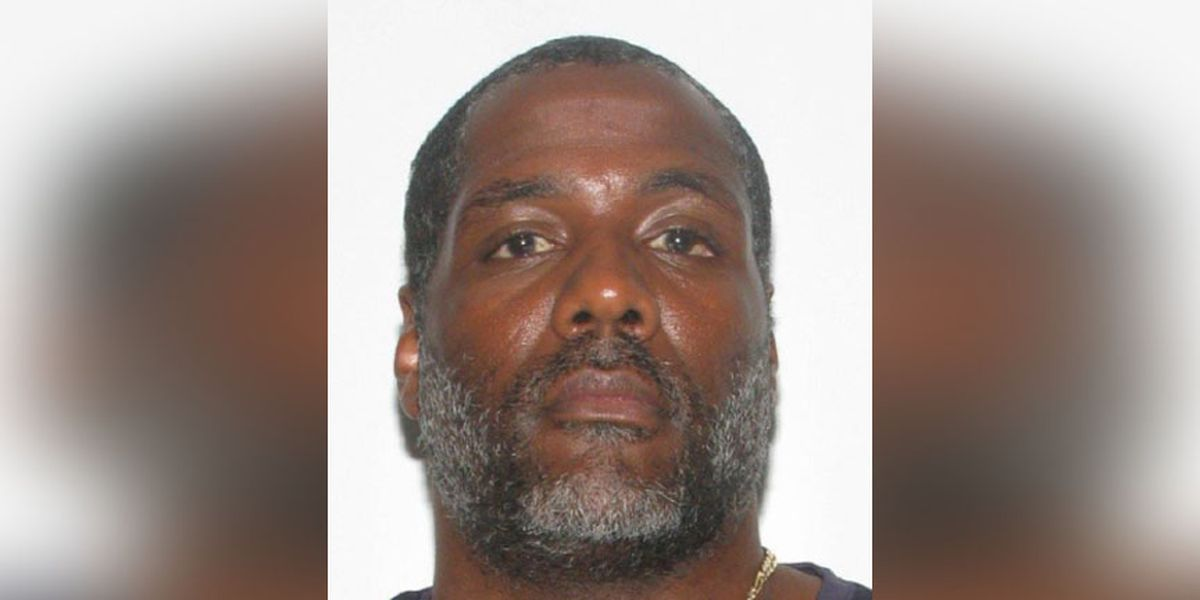 US Marshals searching for man wanted in connection to child sex crimes