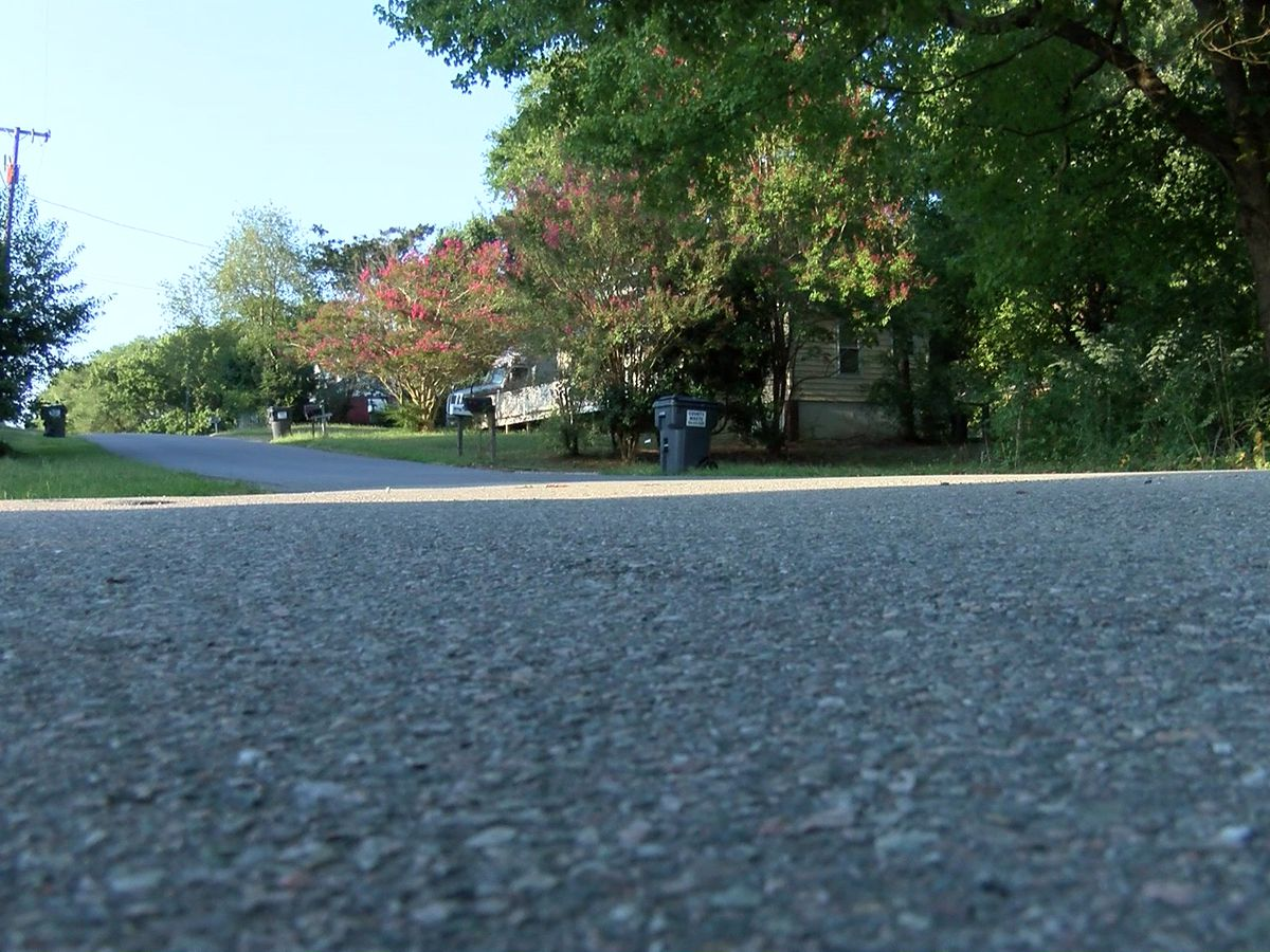 Chesterfield residents say they're sick of drivers speeding through neighborhood
