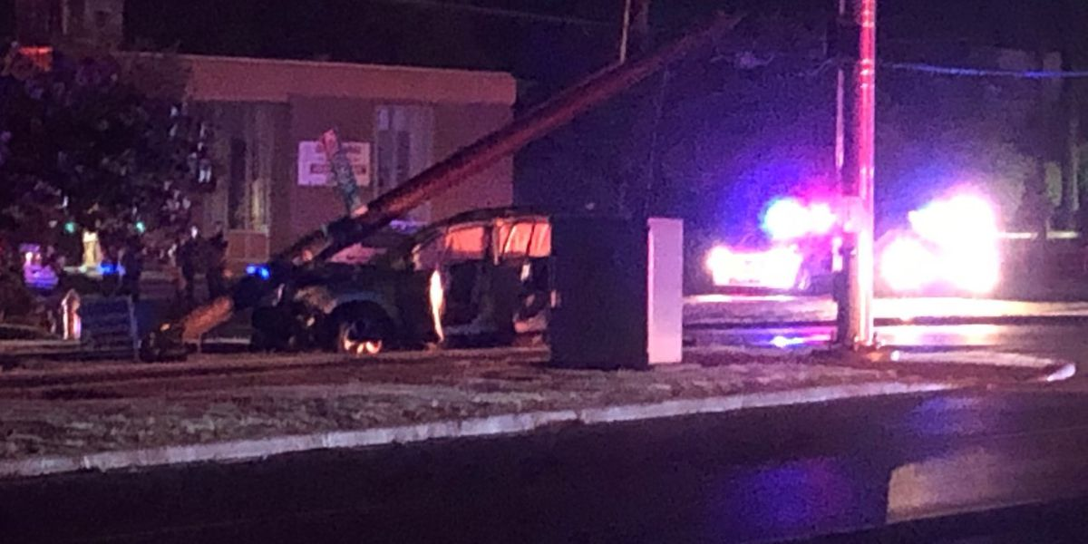 Chesterfield police search for driver, passengers after chase ends in crash