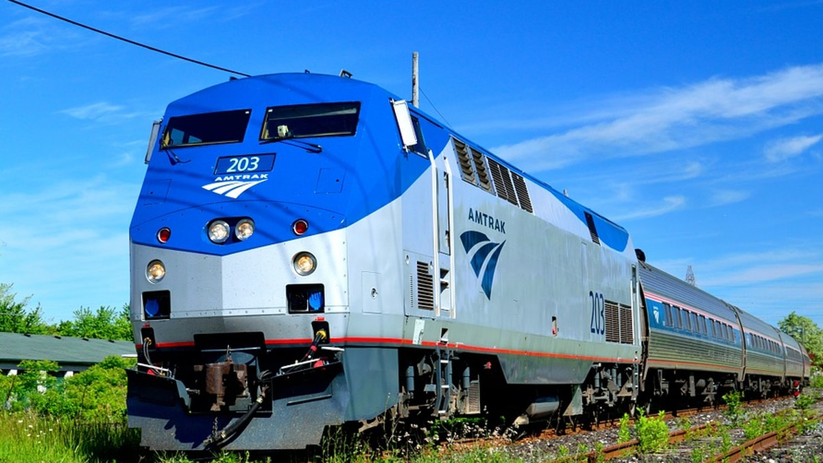 Amtrak releases lowest fares of 2020 for Acela, Northeast Regional trains