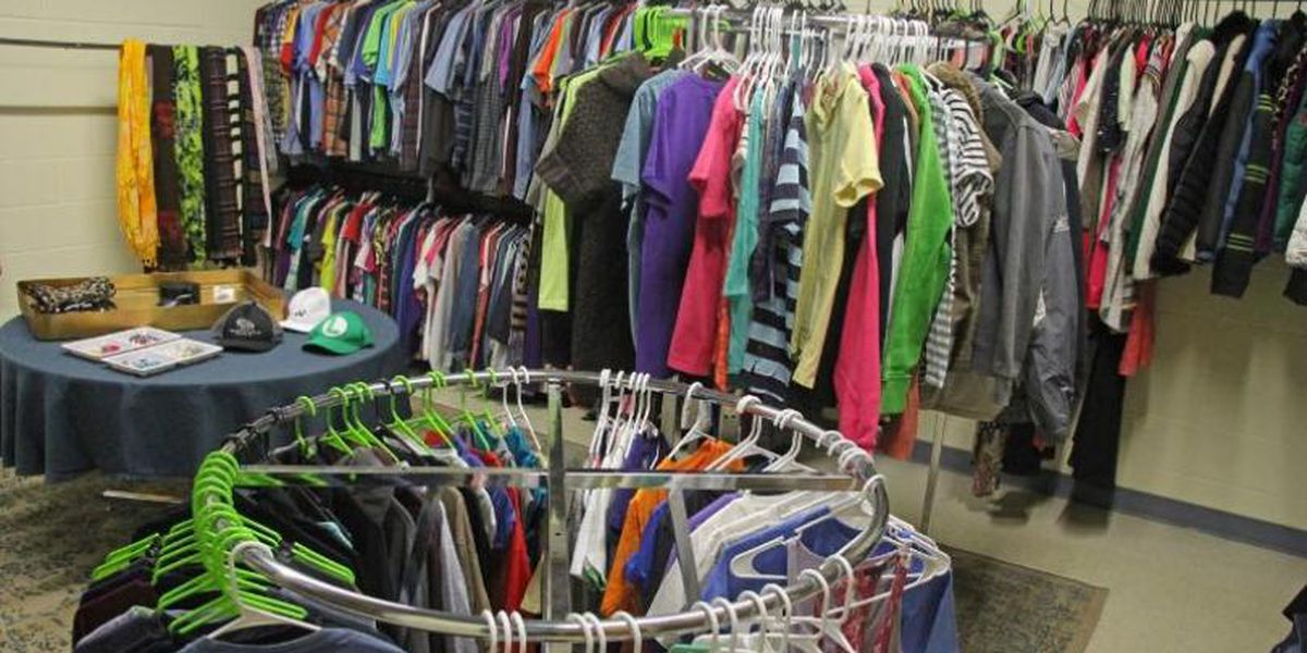 Virginia school district opens clothes closet for students in need