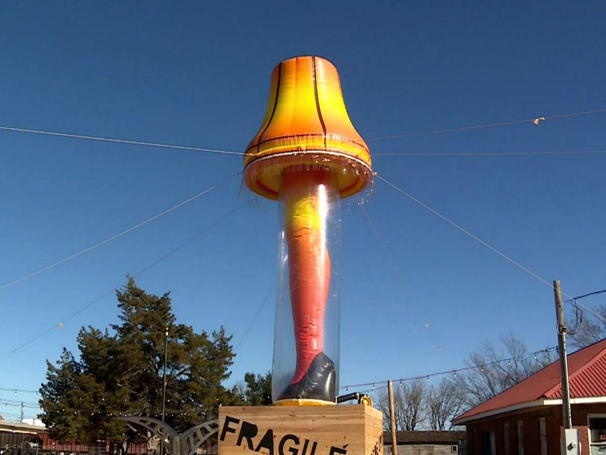 40-foot 'leg lamp' honors iconic Christmas movie