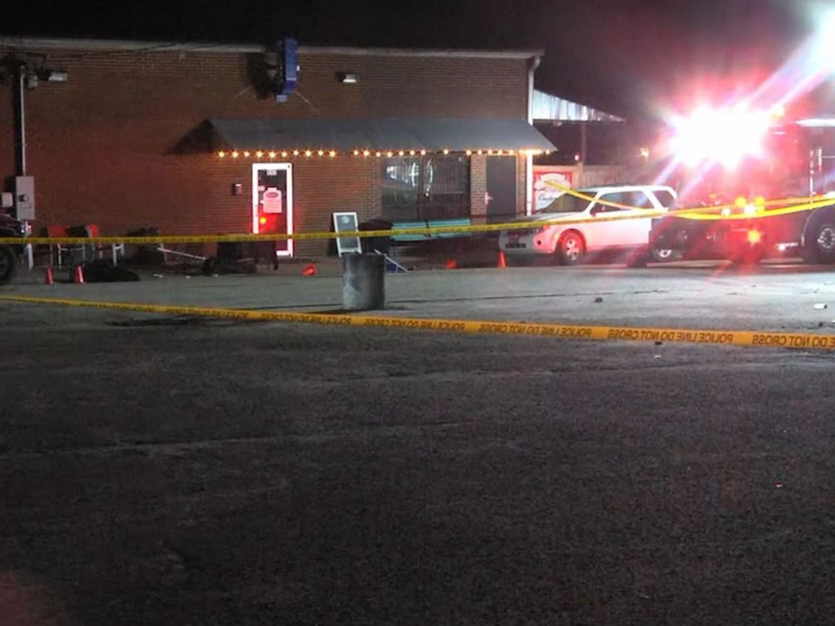 Coroner: 2 dead, multiple injured in South Carolina bar shooting