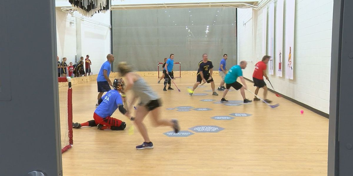 Two local floorball teams prepare for national stage