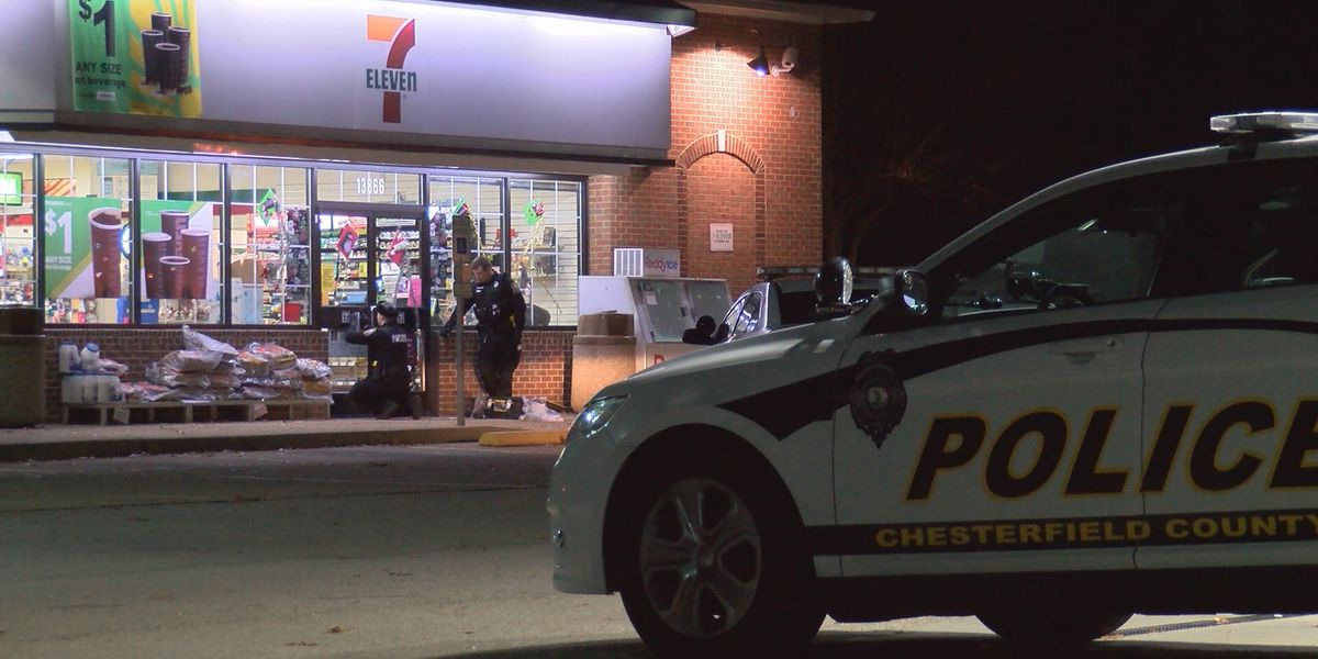 Police investigating robbery at Chesterfield 7-Eleven