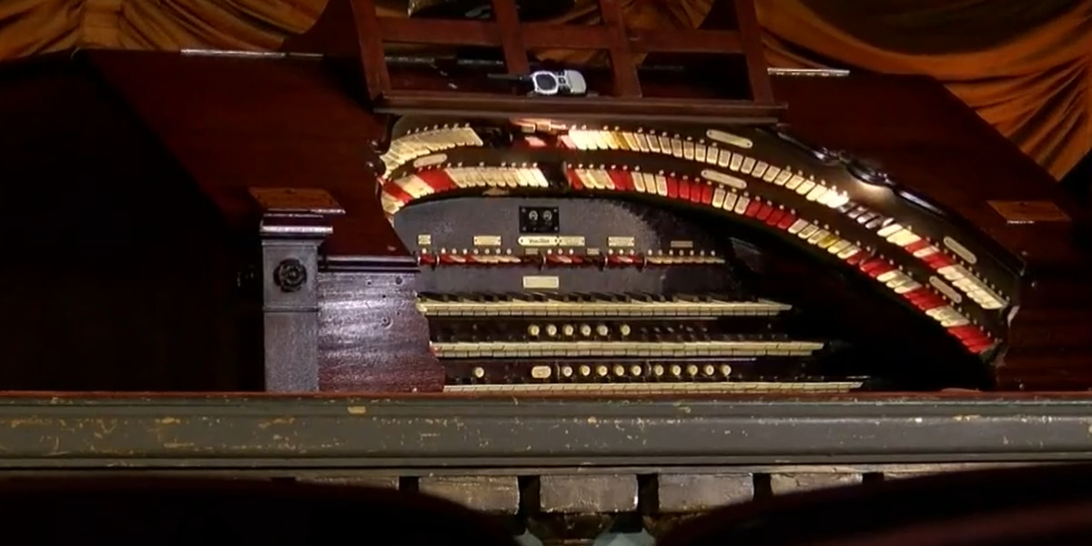 'You feel it when the big bass notes come up through the floor': Byrd Theatre's organ turns 91