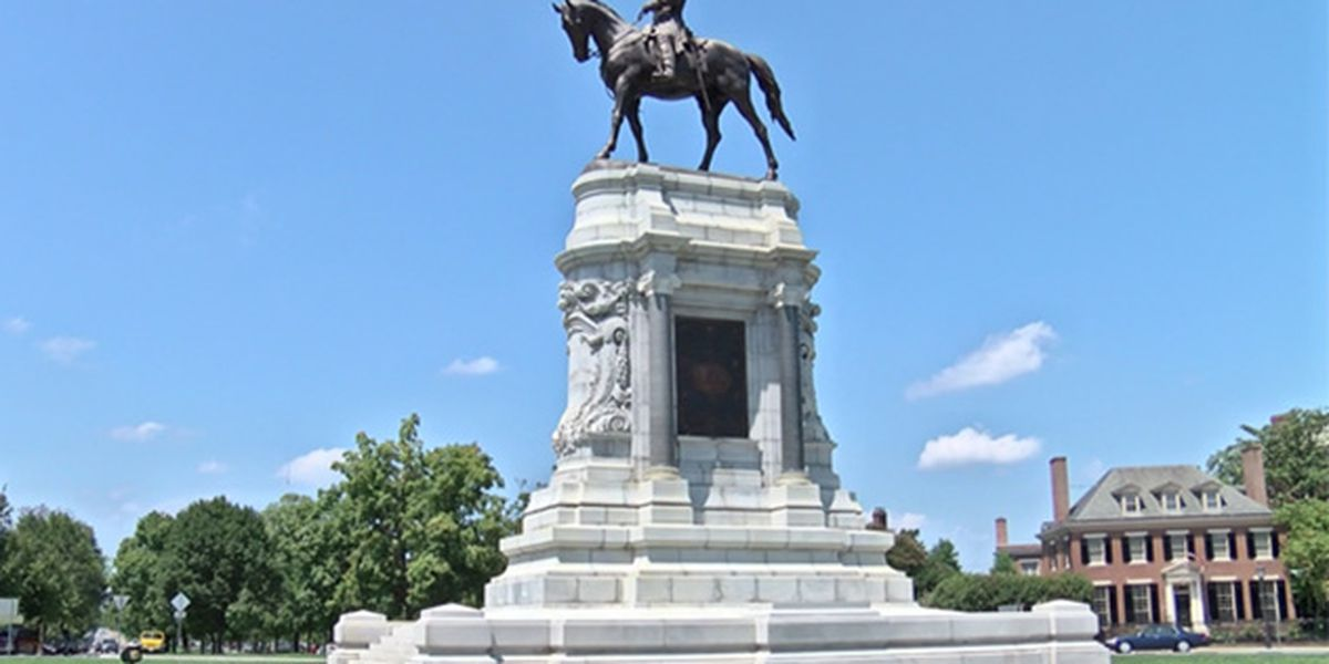 On anniversary of Lee's surrender, ACLU calls for removal of his statue