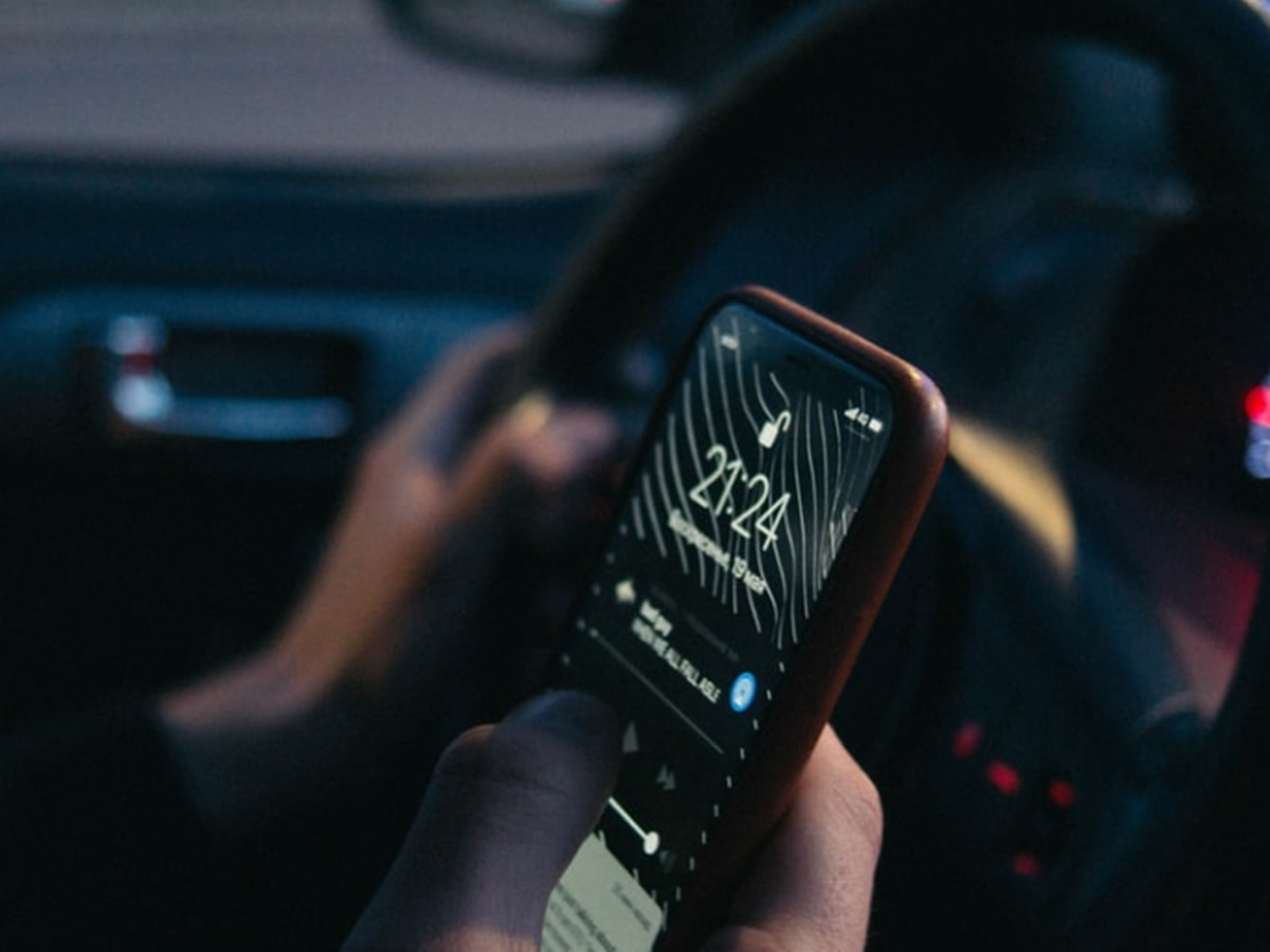 Bill banning handheld cellphone use while driving clears House, Senate