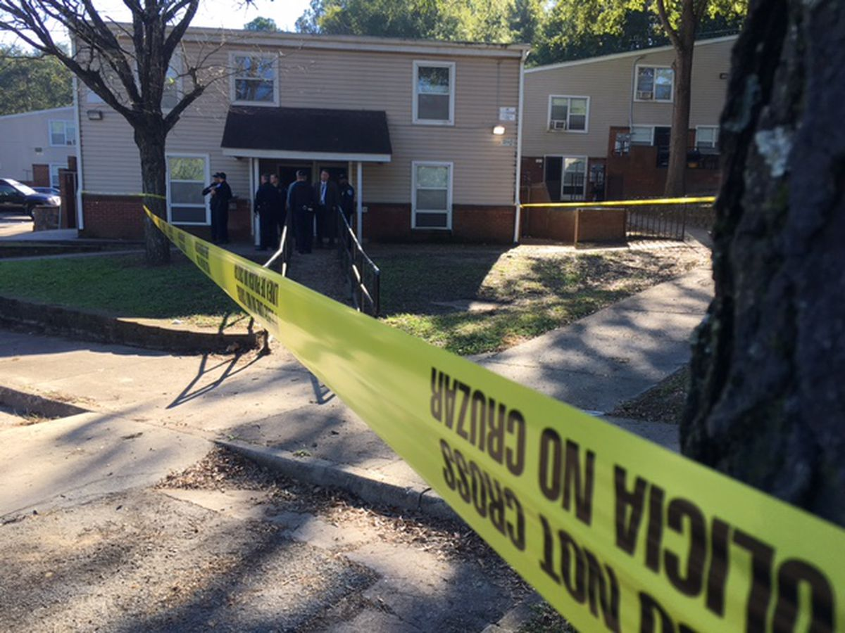 2 shot, 1 with life-threatening injuries, at Richmond home