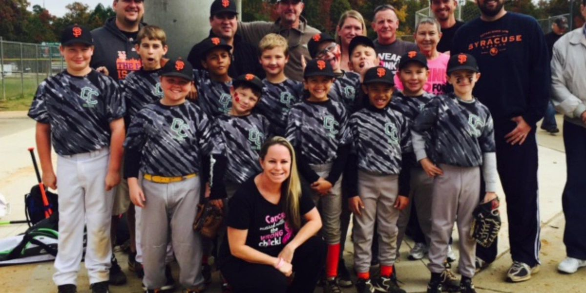 Acts of Kindness: Little league families unite to honor mom with breast cancer