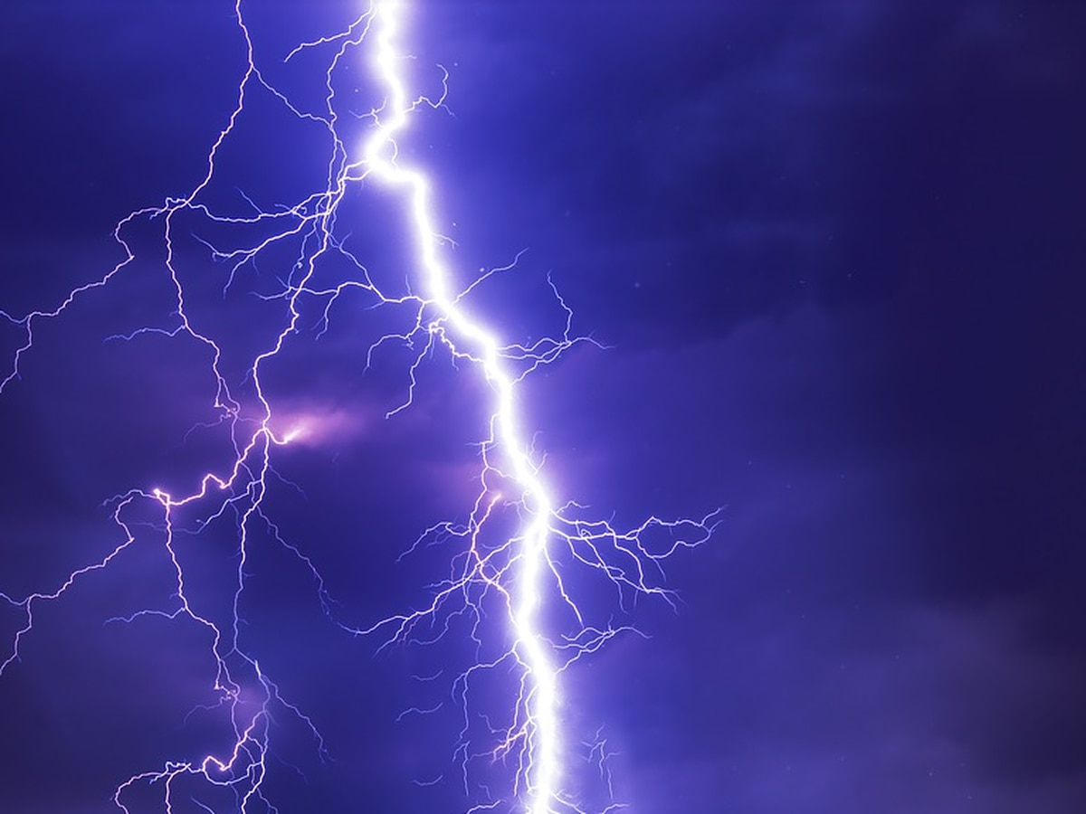 Child dies from lightning strike in Virginia