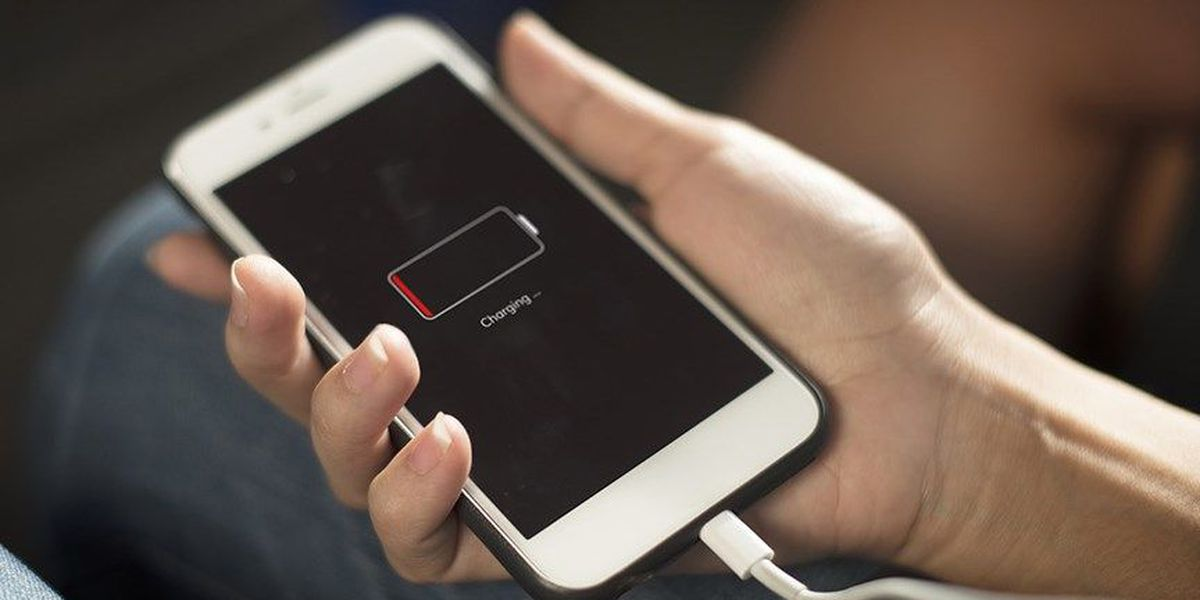 Charging phone each night could reduce battery's capacity