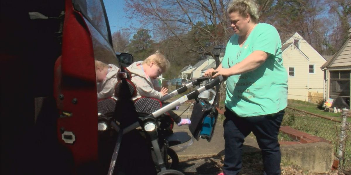 Henrico mom receives handicap accessible van for daughter